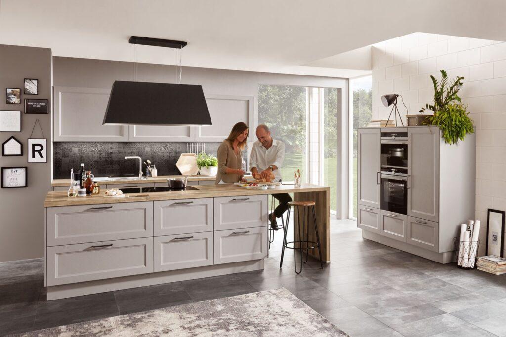 Landhaus Küche mit Klassikfront