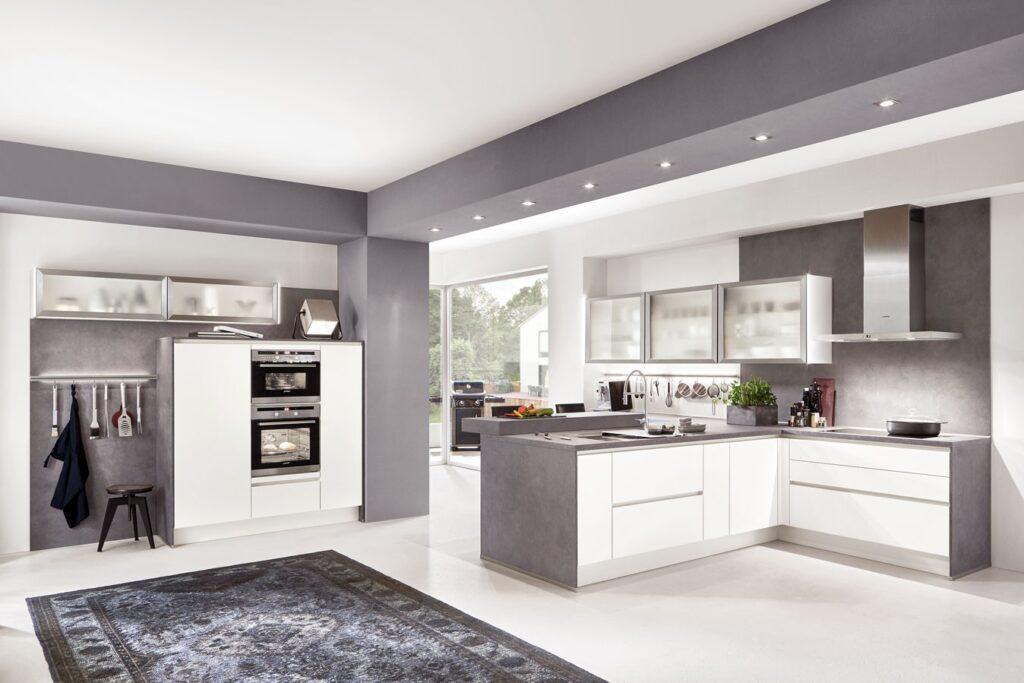 grifflose Küche weiß und anthrazit