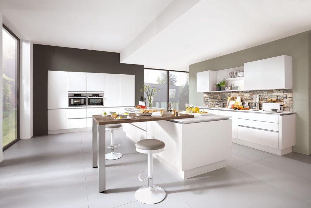 grifflos Küche klassisch und schlicht
