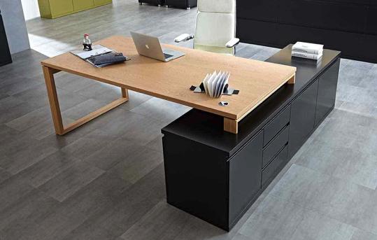 Arbeitszimmer und Büro Bueroeinrichtung Schreibtisch Bürostuhl Aktenschrank Holzfront weiß moderne Arbeiten